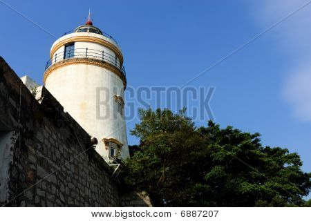 this lighthouse is the oldest in South China Coast. It is located at fort Guia the highest point on