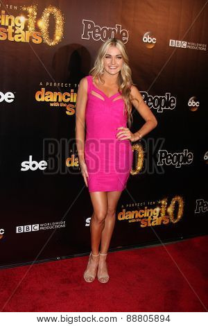 LOS ANGELES - April 21:  Lindsay Arnold at the