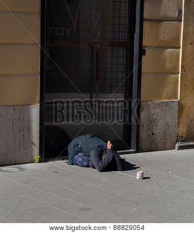 Lady Begging For Money