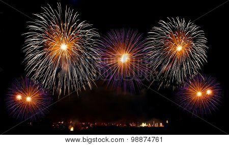 Malta fireworks festival, 4 July, Independence, fireworks explode