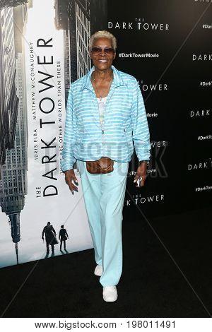 NEW YORK-JUL 31: Singer Dionne Warwick attends