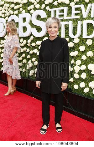 LOS ANGELES - AUG 1:  Annie Potts at the CBS TV Studios Summer Soiree TCA Party 2017 at the CBS Studio Center on August 1, 2017 in Studio City, CA