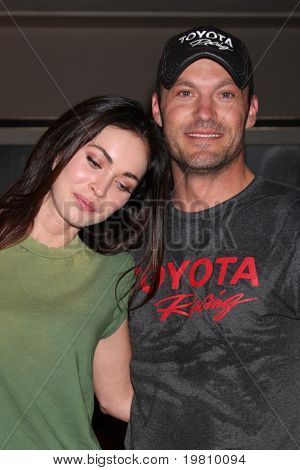 LOS ANGELES - APR 16:  Megan Fox, Brian Austin Green attend the Toyota Grand Prix Pro Celeb Race at the Toyota Grand Prix Track on April 16, 2011 in Long Beach, CA.