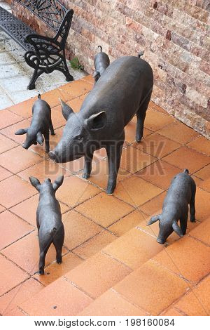 Pigs Family Sculpture
