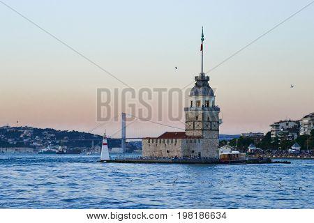 Maiden's Tower or Kiz Kulesi at sunset in istanbul, Turkey.