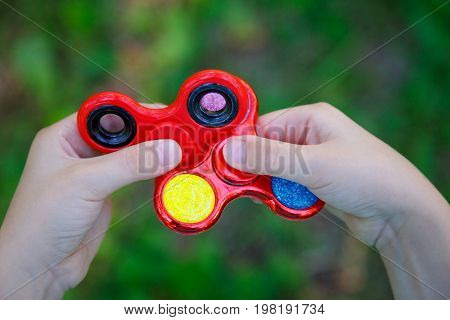 Popular Red Plastic Finger Spinner