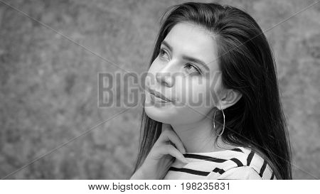 Young beautiful girl looking anxious stressed and nervous