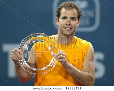LOS ANGELES, CA. - JULY 27: Pete Sampras recieves award after an exhibition match at the L.A. Tennis Open on July 27, 2009 in Los Angeles, CA.