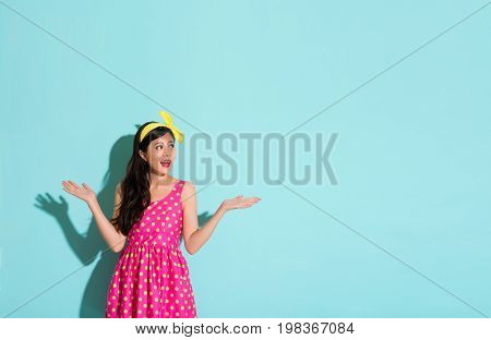 Model Is Wearing A Lovely Attractive Dress