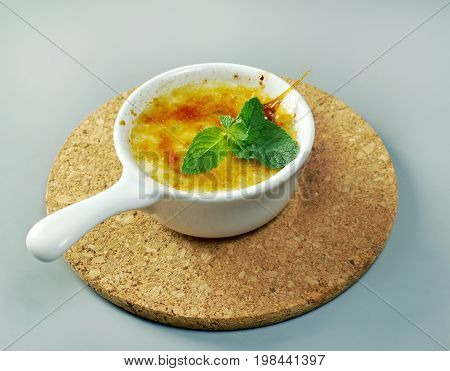 Creme brulee with d mint, , close up meal