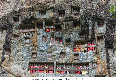 Lemo (tana Toraja, South Sulawesi, Indonesia), Famous Burial Site With Coffins Placed In Caves Carve