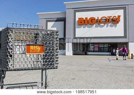 Kokomo - Circa August 2017: Big Lots Retail Discount Location. Big Lots is a Discount Chain Selling Food Furniture and Housewares VI