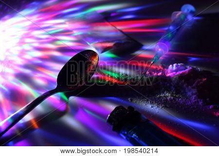 Application heroin on disco/Dealing drugs on disco laser show.