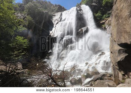 Grizzly Falls in Sequoia National Forest. Kings Canyon and Sequioa National Park. California. USA