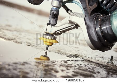 Hydroabrasive treatment. Metalworking cutting with water jet