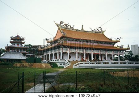 The Kong Meng San Phor Kark See Monastery, also called the Bright Hill Pujue Chan Monastery, is Singapore's largest Buddhist temple.