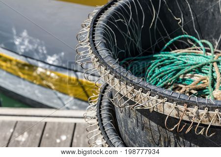 Multiple hooks for long line industrial fishing