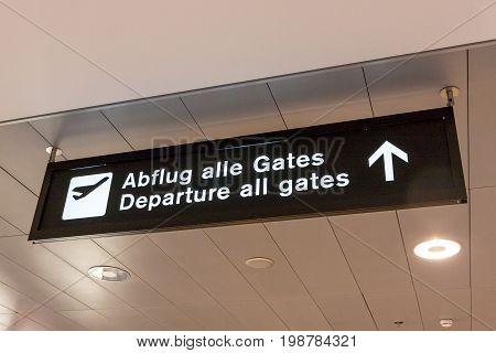 Airport sign - Departure all gates (Abflug alle Gates)