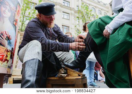 International Festival- Street Shoe Shiner