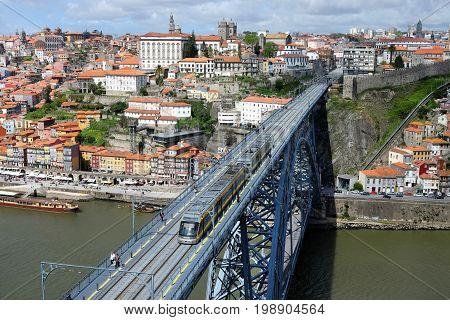Ponte dom Luis bridg in Porto, Portugal, the top view