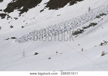 The Riders Dropped An Avalanche.