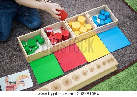 Montessori Education. Learning Colors. Montessori Materials. Montessori Methodology School.