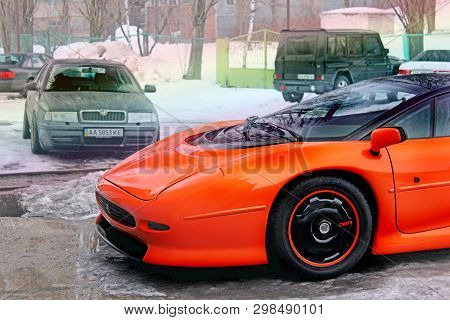 January 3, 2013; Kiev, Ukraine. Jaguar Xj220 (1991). Hypercar. Winter. Cold. Snow. Exotica