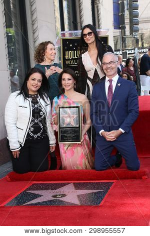 LOS ANGELES - MAY 1:  Rana Ghadban, Rhea Perlman, Lucy Liu, Demi Moore, Mitch O'Farrell at the Lucy Liu Star Ceremony on the Hollywood Walk of Fame on May 1, 2019 in Los Angeles, CA