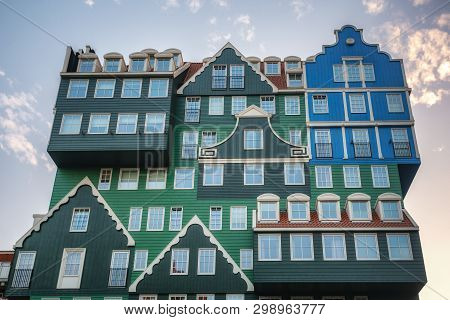 Zaandam, The Netherlands, April 18, 2019: The Famous Inntel Hotel In The Center Of Zaandam With On T