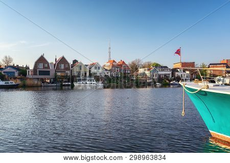 Zaandam, The Netherlands, April 18, 2019: Houses Located On The Oude Haven In Zaandam