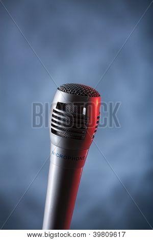 microphone vertical