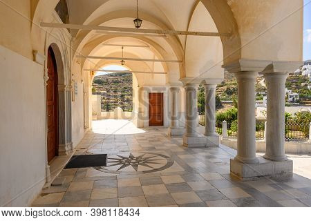 Paros, Greece - September 27, 2020: Columns And Arches On The Courtyard Of The Byzantine Church Of A