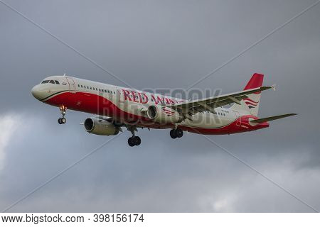 Saint Petersburg, Russia - October 28, 2020: Airbus A321-200 (vp-bvo) Red Wings Airline Close-up Aga