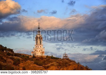 Memorial To Victims On The Waters Of Crimea. Temple Of Lighthouse St. Nicholas Of Myra