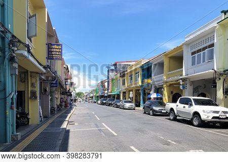 Phuket Thailand 30 May 2018 : Phuket Walking Sreet At Daylight In Phuket Old Town. View Of The Stree