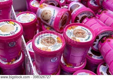 Tyumen, Russia-november 07, 2020: Baskin Robbins Ice Cream For Sell In The Refrigerator. Sale Of Goo