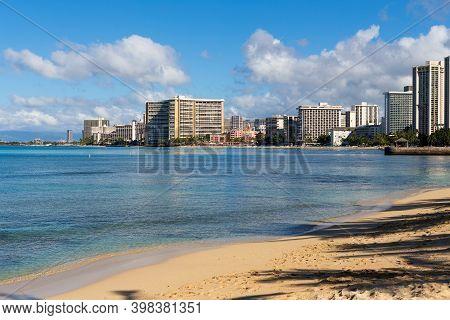Waikiki Hotels And Buildings Beyond The Beach, Oahu, Hawaii