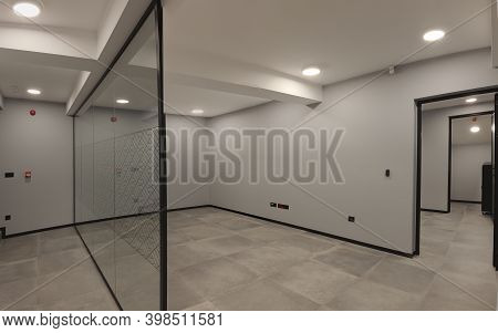 New And Empty Office Interior