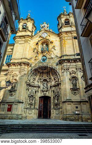 SPAIN, SAN SEBASTIAN, OKT, 24, 2020: The Basilica of Saint Mary of Coro in the old town of San Sebastian, Basque country, Spain