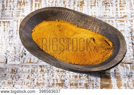 Curcuma Longa - Turmeric Is Widely Cultivated In Asia And The Root Is Widely Used In Cooking