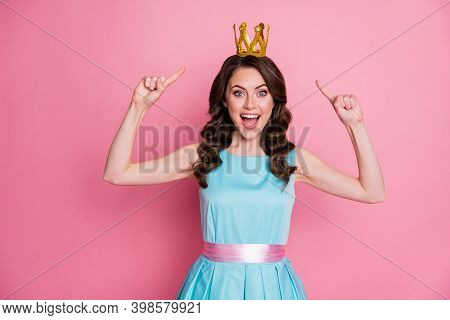 Photo Of Funny Shocked Fancy Lady Prom Event Party Recognized As Prom Queen Direct Fingers Head Gold