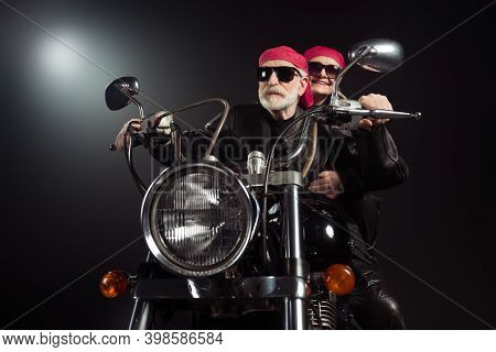Photo Of Two Cool Old Bikers White Hair Man Lady Couple Drive Vintage Chopper Traveling Together Fee