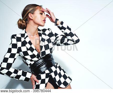 Seductive Elegant Young Woman. Vogue Style Portrait Of Sensual Girl. High Fashion Woman In Modern Ja
