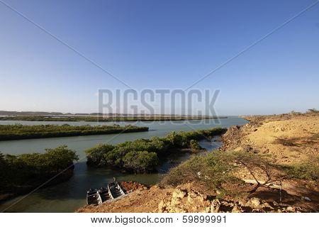 Mira da panorámica Guajira colombiana