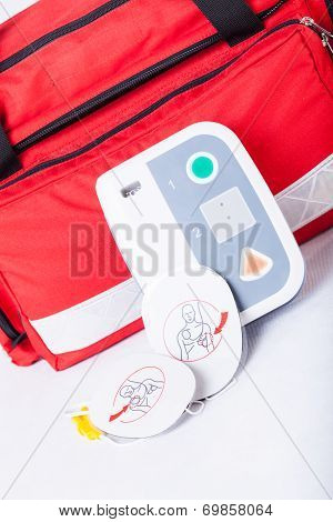 Defibrillator In First Aid Kit