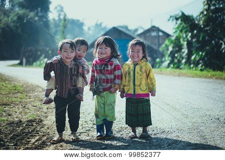 H'mong ethnic minority children in Laocai, Vietnam.