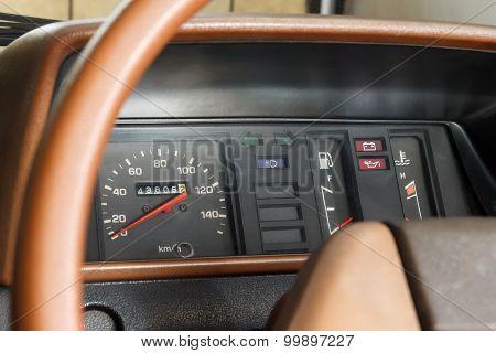 Analog Car Speedometer