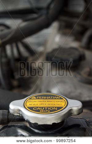 Radiator Cap: Never Open When Hot