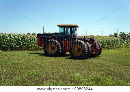 Versatile 836 Tractor