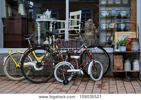 The old bikes.